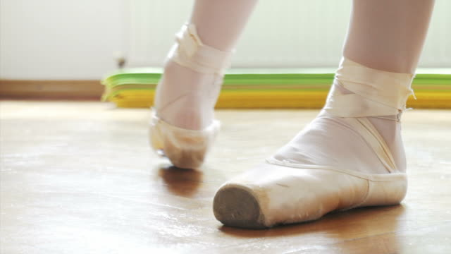 young ballet dancer practising en pointe. - ballet shoe stock videos and b-roll footage
