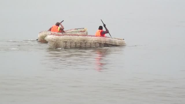 A young Cameroonian man has created a way to get rid of the plastic waste that clogs the streets of Douala he makes dugout canoes with recycled...