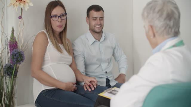 Frauenarzt Stock-Videos und B-Roll-Filmmaterial - Getty Images