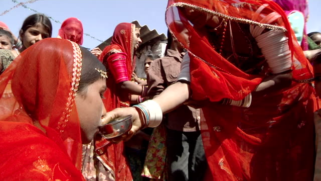 ms young indian bride at her wedding / rajasthan, india - tradition stock videos & royalty-free footage