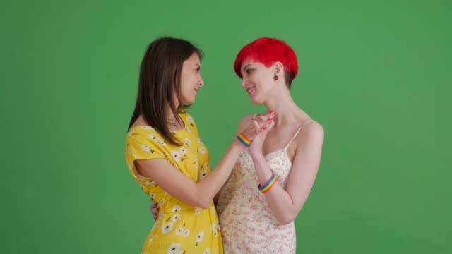 Lesbe Lesben Stock-Videos und B-Roll-Filmmaterial - Getty