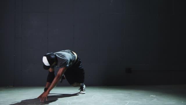 ms young man breakdancing / orem, utah, usa - elbow pad stock videos & royalty-free footage
