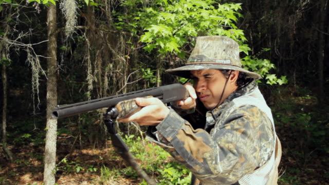 CU Young man hunting / Madison, Florida, USA