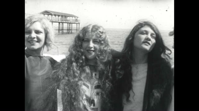 Young models show off their hair in this archival film
