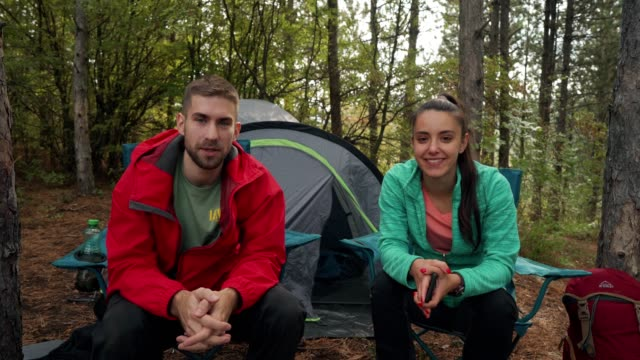 young mountaineers are filming a vlog - adventure stock videos & royalty-free footage