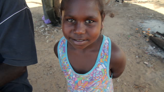 MS Young native girl looking / Northern Territory, Australia