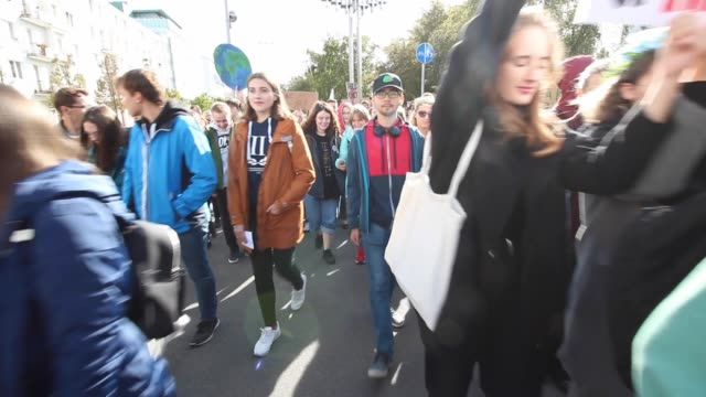 young protesters from gdynia schools are seen protesting in gdynia poland on 20 september 2019 over 1000 young people follow the call of the movement... - strike protest action stock videos and b-roll footage
