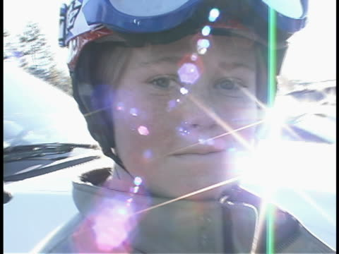 young snowboarder - skibrille stock-videos und b-roll-filmmaterial