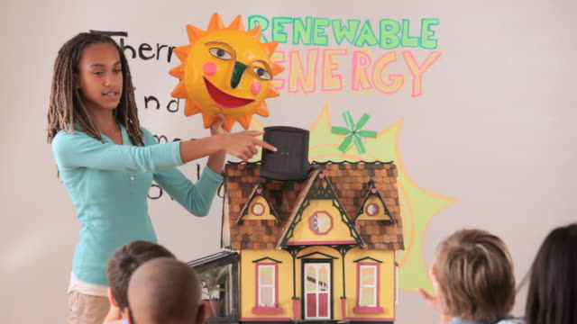 young student giving presentation on renewable energy to class in school / richmond, virginia, usa - junior high stock videos & royalty-free footage