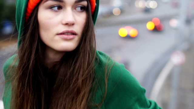 young woman exploring city - woolly hat stock videos & royalty-free footage