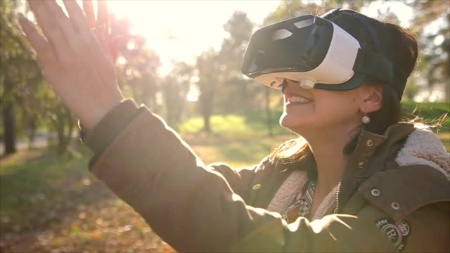 young woman has its first virtual reality experience
