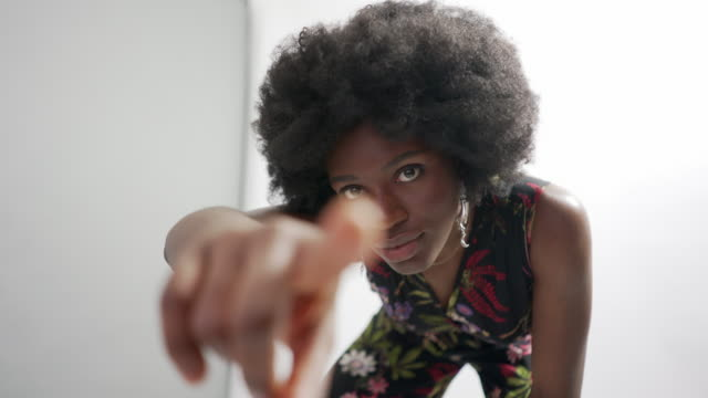 a young woman in the studio with natural hair - natural hair stock videos & royalty-free footage