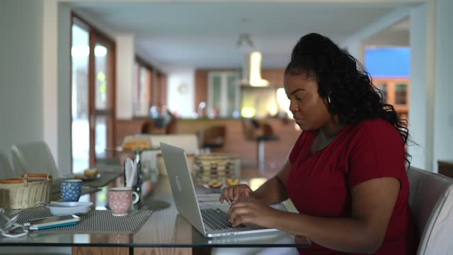 young woman working from home - hot desking stock videos & royalty-free footage