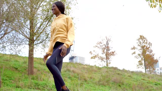 a young women fitness training outside - active lifestyle stock videos & royalty-free footage