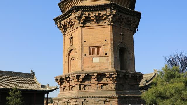 yuanjue temple pagoda in hunyuan, shanxi province, china - pagoda stock videos & royalty-free footage