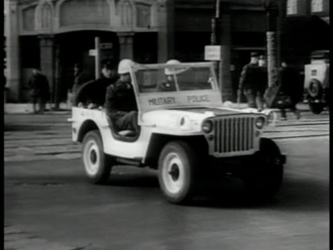 yugoslavia pres josip tito smoking la ws mounted military police in parade berlin germany ms mps driving jeep ha ws golden gate bridge san francisco... - parade stock videos & royalty-free footage