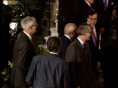yugoslavian situation: diplomatic response; itn lib luxembourg pm john major standing chatting to douglas hurd and another photo call including... - douglas hurd stock-videos und b-roll-filmmaterial