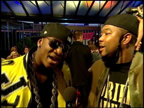 yung joc and gorilla zoe on being in vegas and the excitement of it all at the 2007 mtv video music awards at the palms casino resort in las vegas... - mtv stock videos & royalty-free footage