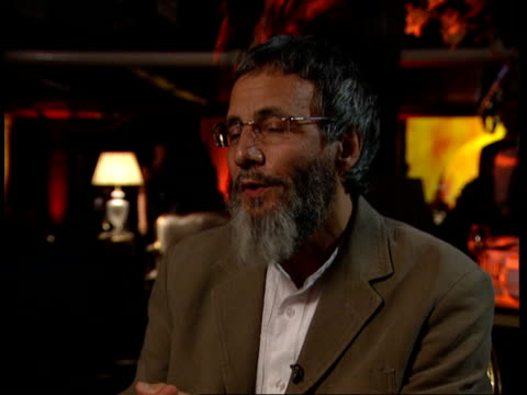 Yusuf Islam aka Cat Stevens peforms after 25 years in third world fundraiser Interview London INT Yusuf Islam interview SOT His first album since...