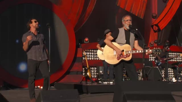 PERFORMANCE Yusuf/Cat Stevens Eddie Vedder at 2016 Global Citizen Festival In Central Park To End Extreme Poverty By 2030 at Central Park on...
