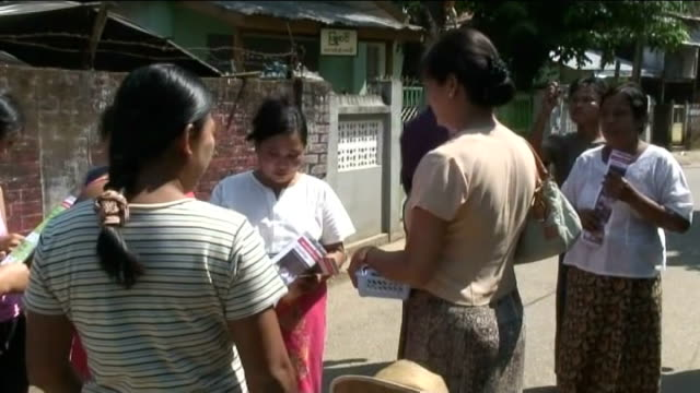 vídeos de stock, filmes e b-roll de yuzar maw htun campaigning - boca animal