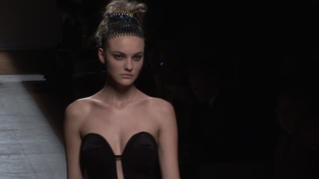 paris fashion week s/s 2010 at the yves saint laurent: paris fashion week s/s 2010 at paris . - saint laurent stock videos & royalty-free footage