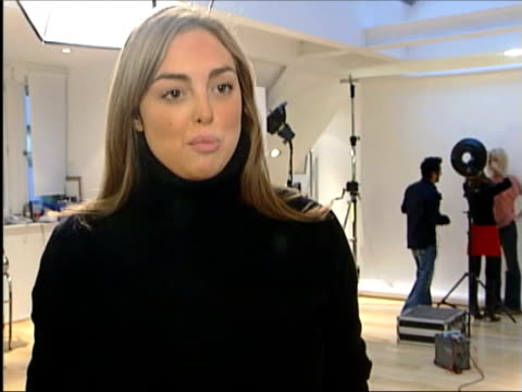 vidéos et rushes de yves saint laurent to retire; itn alessandra steinherr interview sot - he created looks which we think are normal nowadays, english tuxedo, suit,... - smoking