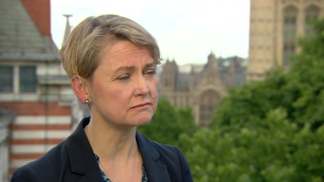 Yvette Cooper criticising the government for taking so long to commission a review into the impact EU nationals have on the British economy