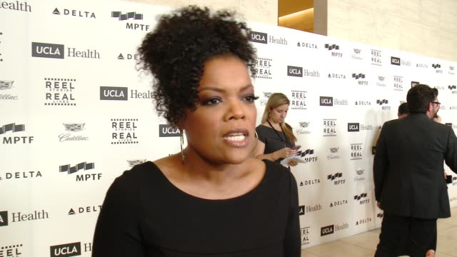 INTERVIEW Yvette Nicole Brown on Kevin Spacey his charity work and visiting the home at 4th Annual Reel Stories Real Lives Benefiting The Motion...