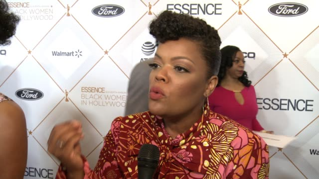 INTERVIEW Yvette Nicole Brown on this being the one invite she always hopes to get at the ESSENCE Hosts its 11th Annual Black Women in Hollywood...