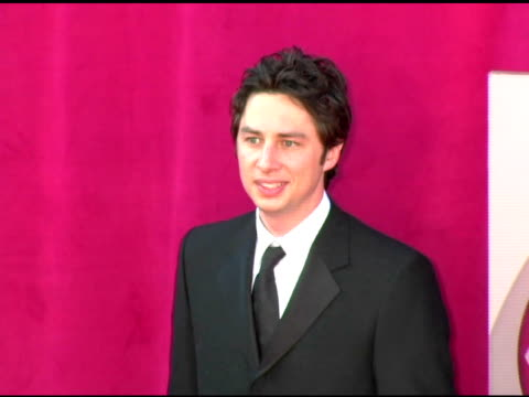 zach braff at the 2005 emmy awards at the shrine auditorium in los angeles california on september 18 2005 - zach braff stock videos & royalty-free footage