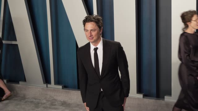 zach braff at vanity fair oscar party at wallis annenberg center for the performing arts on february 09, 2020 in beverly hills, california. - vanity fair stock videos & royalty-free footage