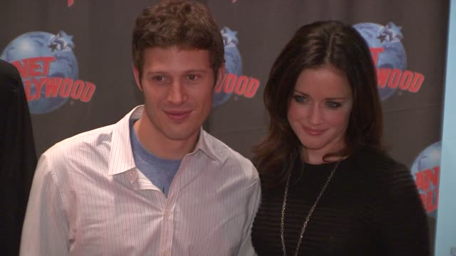 zach gilford and alexis bledel at the alexis bledel and zach gilford visit planet hollywood - august 20, 2009 at new york ny. - alexis bledel stock videos & royalty-free footage