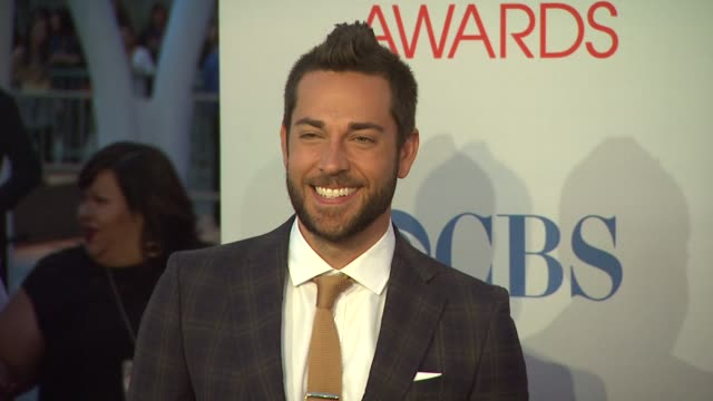 Zachary Levi at 2012 People's Choice Awards Arrivals on 1/11/12 in Los Angeles CA