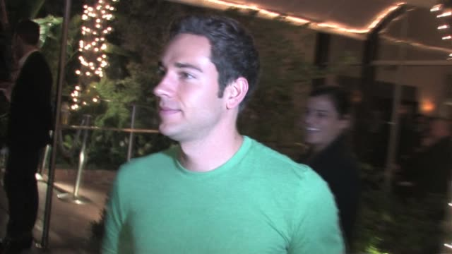 stockvideo's en b-roll-footage met zachary levi at the 2010 entertainment weekly and women in film pre emmy party at the celebrity sightings in los angeles at los angeles ca. - pre emmy party