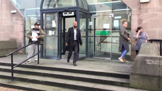 vídeos y material grabado en eventos de stock de zameer ghumra of leicester leaving nottingham crown court where he is facing a charge of disseminating a terrorist publication after it is alleged he... - decapitado