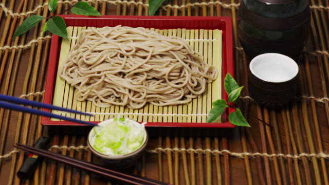 cu zarusoba (cold buckwheat noodles) / tokyo, tokyo-to, japan - soba stock videos & royalty-free footage