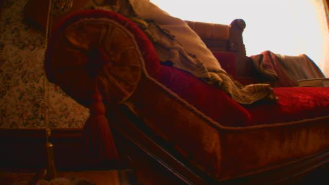 zeeland, michigantour of a historical home - stile vittoriano video stock e b–roll