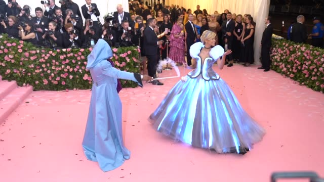 zendaya at the 2019 met gala celebrating camp notes on fashion arrivals at metropolitan museum of art on may 06 2019 in new york city - gala stock videos & royalty-free footage