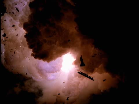 vídeos de stock, filmes e b-roll de zero gravity blue and gold explosion - zero gravity