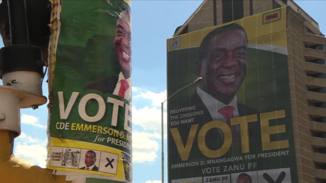 zimbabwe's electoral commission has defended a delay in releasing official results - saying it needs time to collate the votes.the main opposition -... - repubblica dello zimbabwe video stock e b–roll