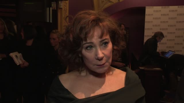 zoë wanamaker on acting more in feature films, her character and interaction between marilyn monroe and lawrence olivier at the my week with marilyn:... - ローレンス オリビエ点の映像素材/bロール
