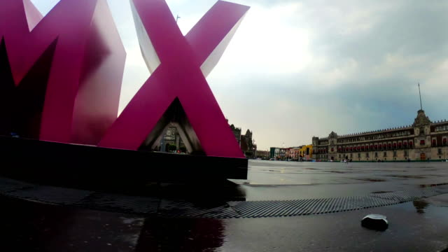 stockvideo's en b-roll-footage met plein van de zocalo in mexico-stad. - capital letter
