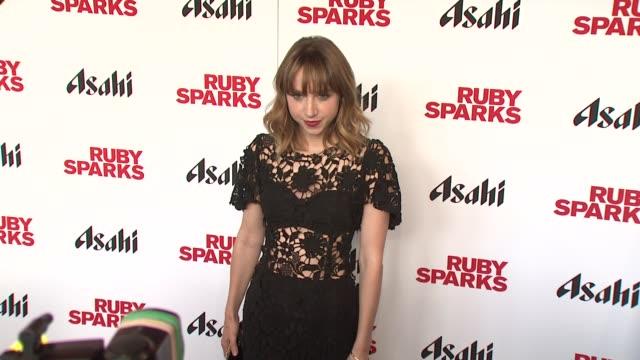 "zoe kazan at ""ruby sparks"" new york special screening at sunshine landmark on july 11, 2012 in new york, new york - ランドマークサンシャインシアター点の映像素材/bロール"