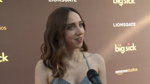 vídeos de stock, filmes e b-roll de interview zoe kazan on being here on wanting to be a part of the film on playing her character in front of the woman she is portraying on working... - judd apatow