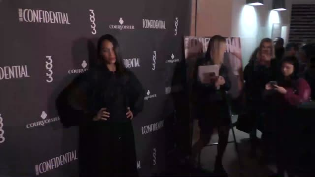 Zoe Saldana at the Los Angeles Confidential Celebrates Winter Issue With Cover Star Zoe Saldana at 3033 Wilshire in Los Angeles in Celebrity...