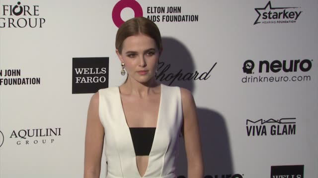 zoey deutch at the 23rd annual elton john aids foundation academy awards viewing party sponsored by chopard neuro drinks and wells fargo on february... - quarzo video stock e b–roll