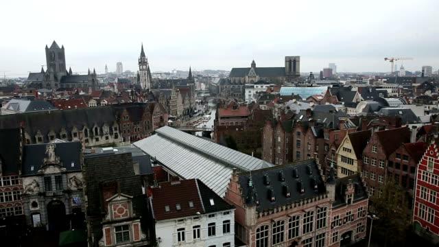 hd ズーム(zoom ): 空から見たハンメルフェスト古代都市ベルギー - ポートワイン点の映像素材/bロール