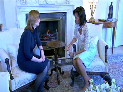 zoom in as prime minister's wife sarah brown and first lady michelle obama converse within the grounds of no.10 downing street london 1 april 2009 - first lady stock videos & royalty-free footage