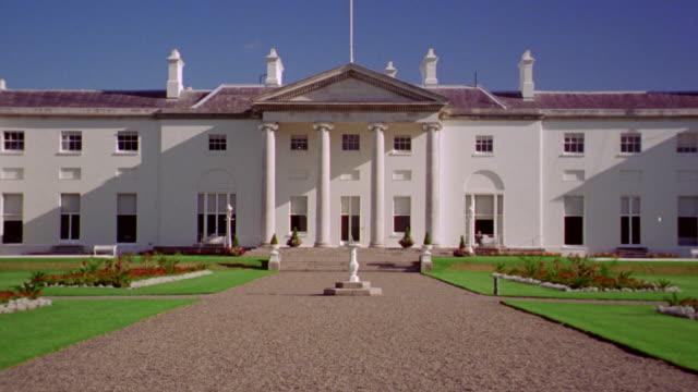 zoom in center of aras an uachtarain (president's residence) / dublin, ireland - dublin republic of ireland stock videos & royalty-free footage